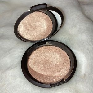 Becca FULL SIZE Highlighter in Opal